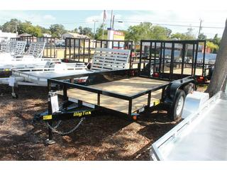 Utility Trailer with Tandem Axles