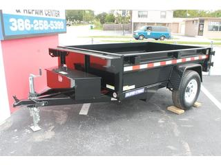 Dump Trailer with Spare Tire Mount