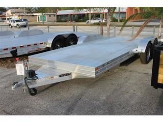 Car Hauler with Removable Fenders