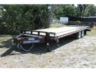 Equipment Trailer with Heavy Duty Ramps