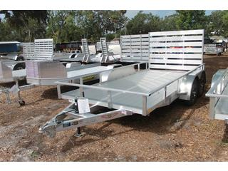 Utility Trailer with Extruded Aluminum Deck