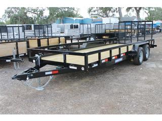 Utility Trailer with Reinforced Ramp