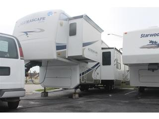 2009 RV Trailer with 4 Slide Outs